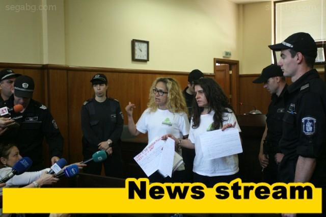 Иванчева и Петрова остават в ареста като обществено опасни